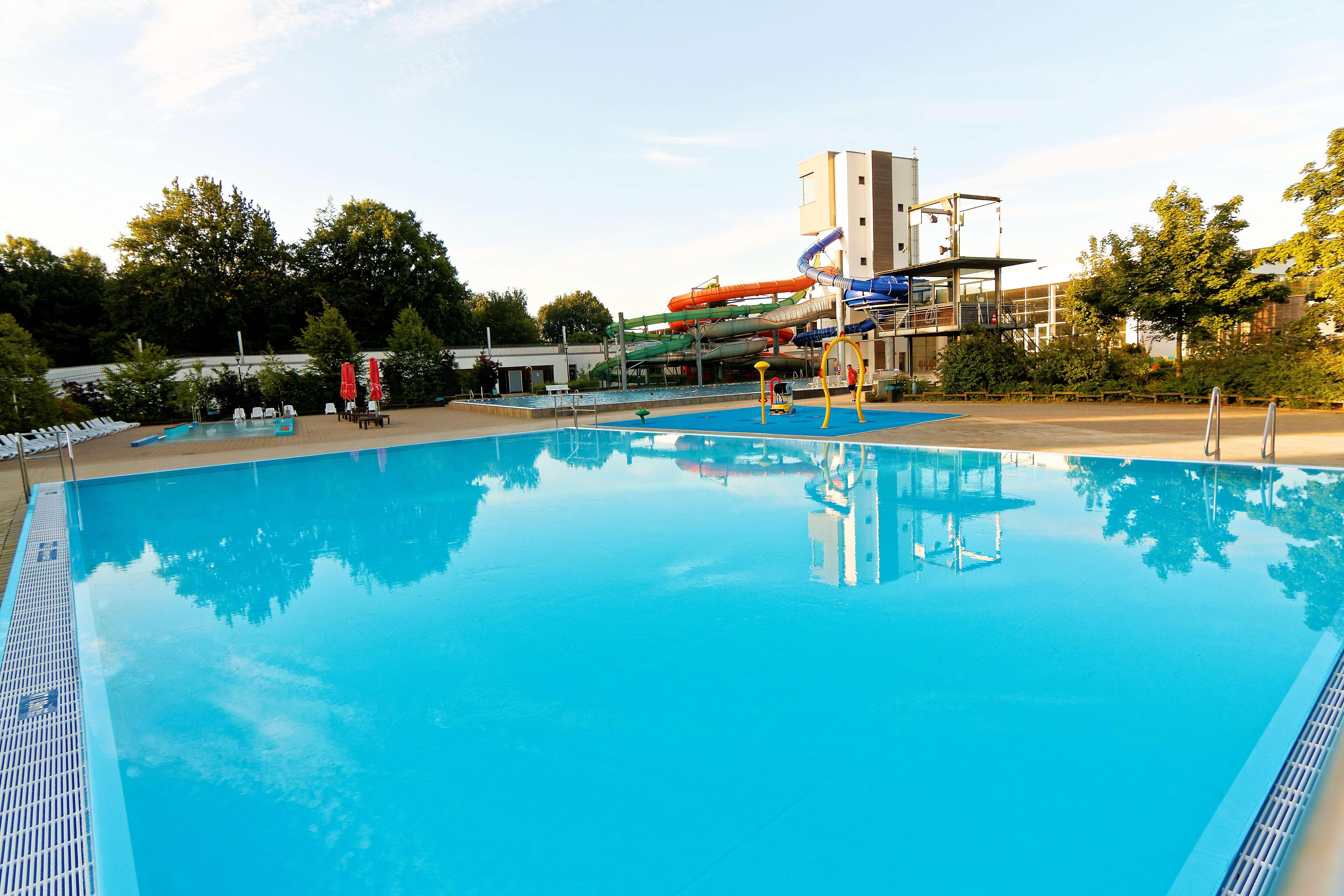 Ansicht des frisch eröffneten Nichtschwimmerbeckens im Osnabrücker Nettebad.