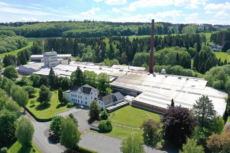 Am Standort Breitscheid fertigt die Steuler-Gruppe feuerfeste Spezialprodukte für keramische Industrie, Ofenbau und Stahlbranche.