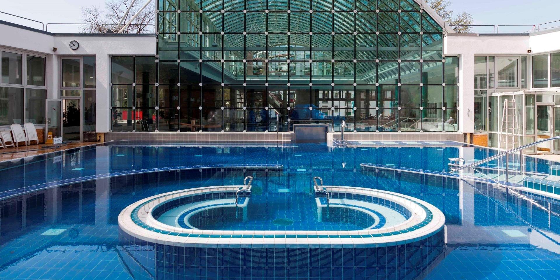 stuttgart mineralbad cannstatt steuler schwimmbadbau. Black Bedroom Furniture Sets. Home Design Ideas