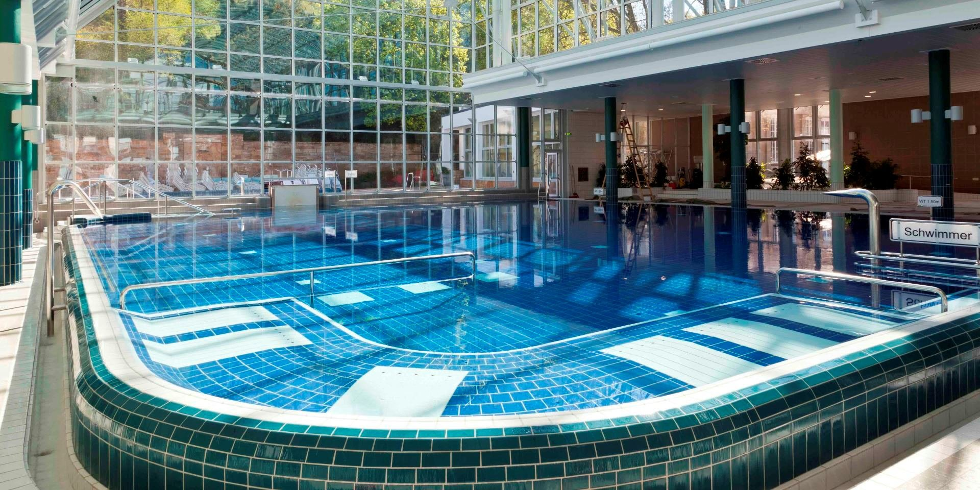 stuttgart mineralbad cannstatt steuler pool construction. Black Bedroom Furniture Sets. Home Design Ideas