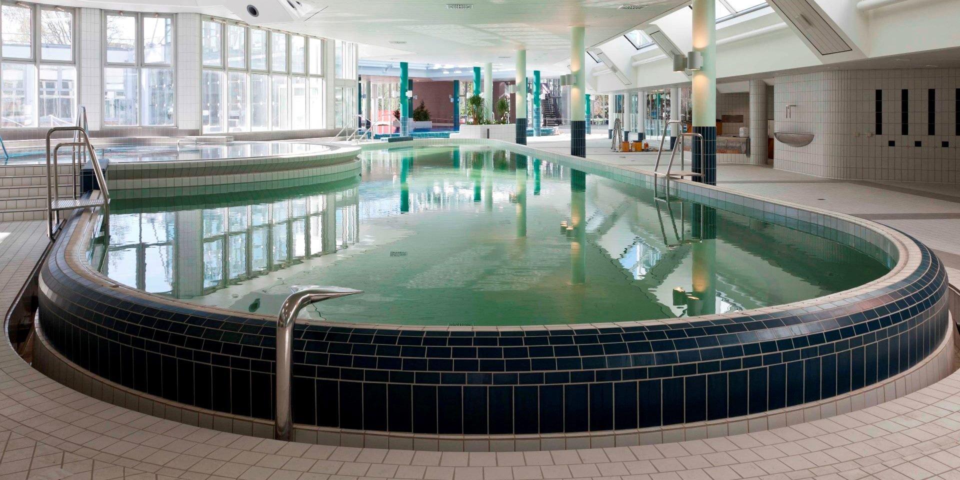 Stuttgart - Mineralbad Cannstatt | Steuler Pool Construction