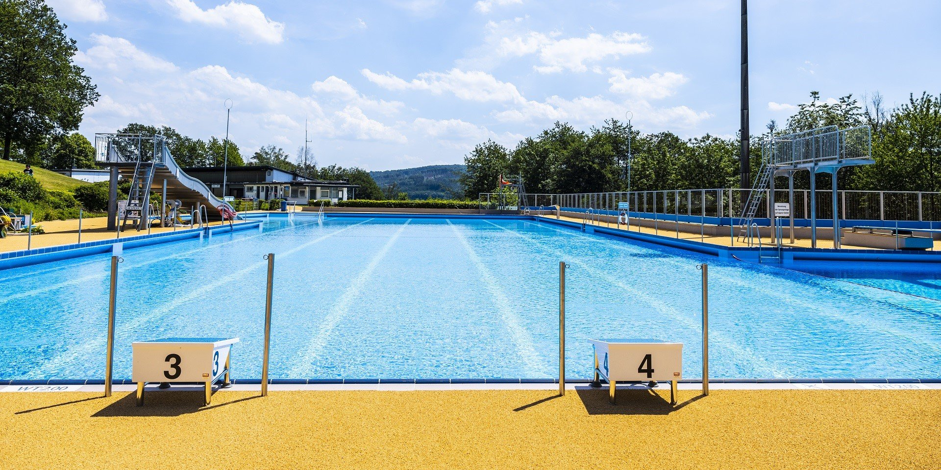Panoramabad Engelskirchen Front | Steuler Pool Linings