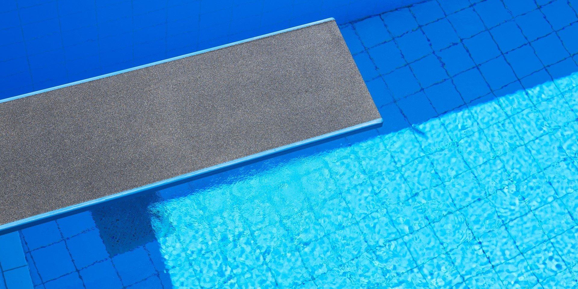 Panoramabad Engelskirchen Fliesen | Steuler Pool Linings