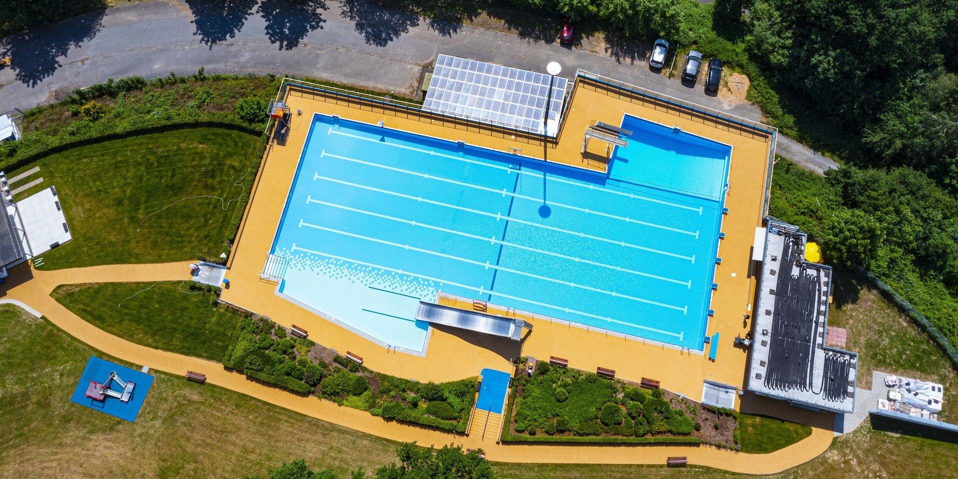 Panoramabad Engelskirchen Luftbild | Steuler Pool Linings