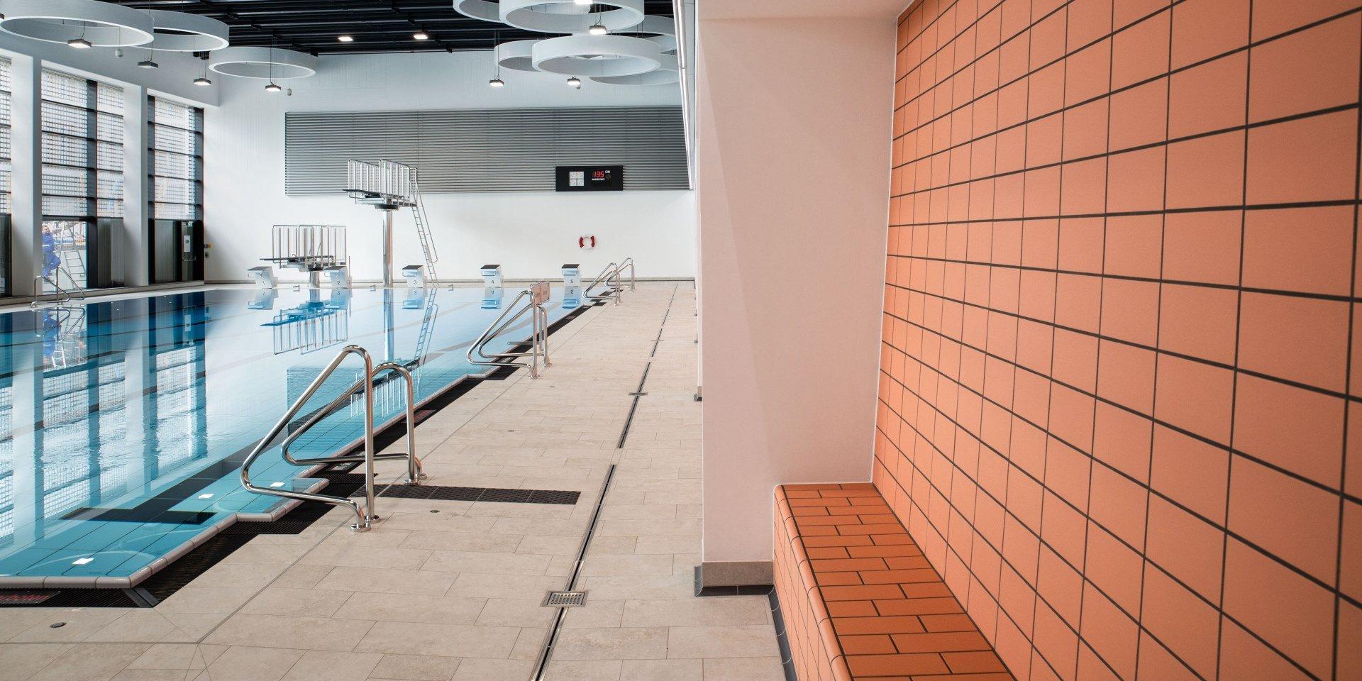 Steuler Pool Linings Sentabad München Sitzbänke