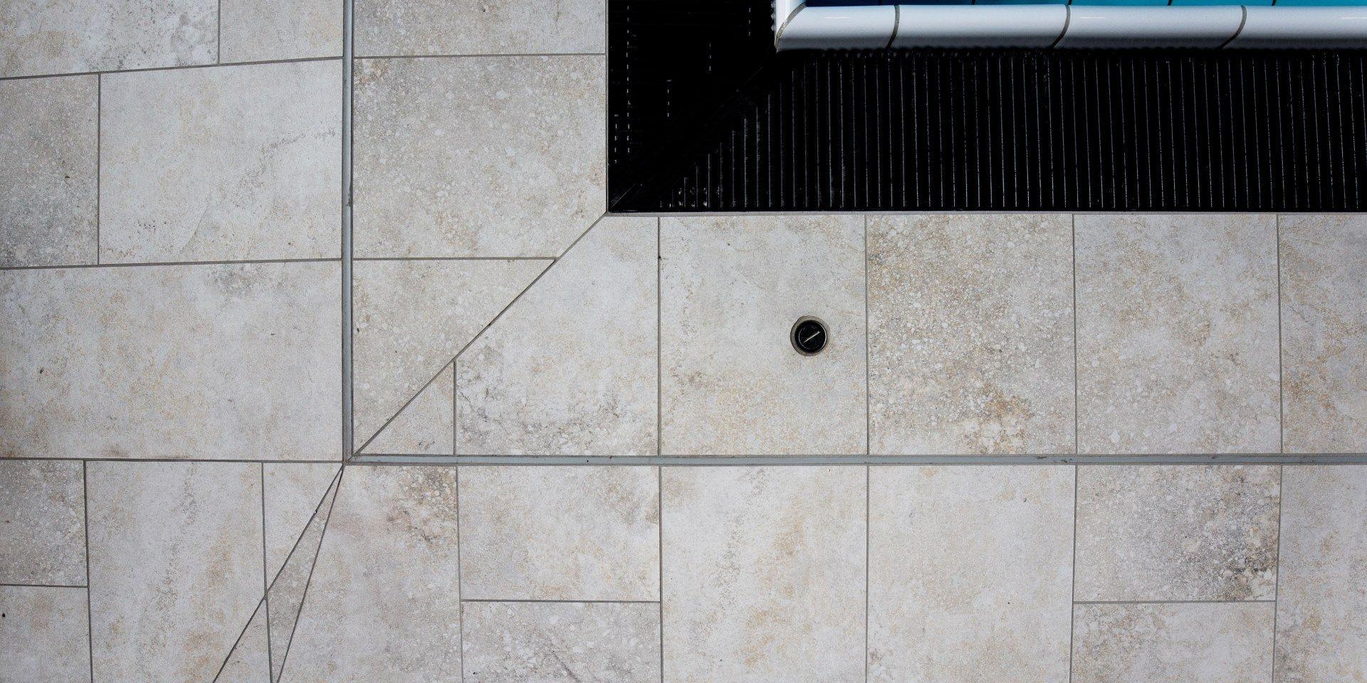 Steuler Pool Linings Sentabad München Fliesenschnitt