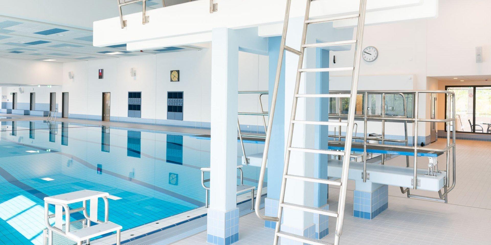 Aqua Ft Schortens Sprungturm Steuler Pool Linings